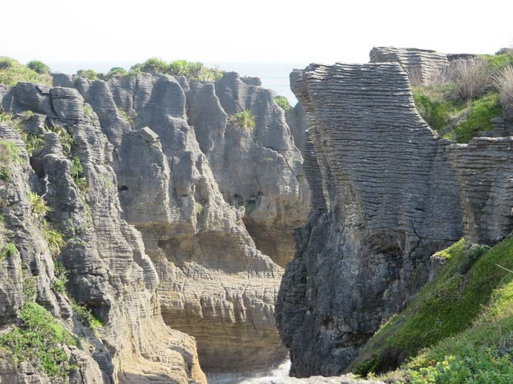 Pancake Rocks Bossing New Zealand