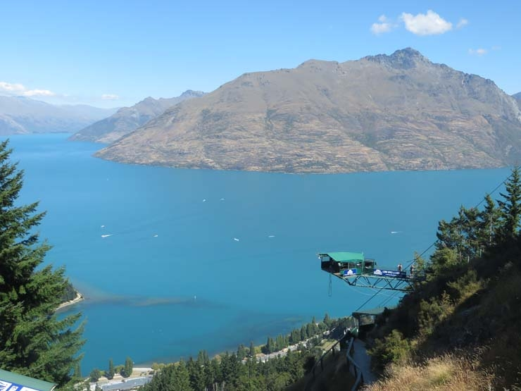 The Ledge bungy above Queenstown